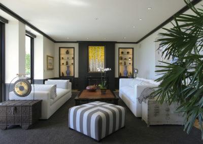 Lounge – Malibu Canyon